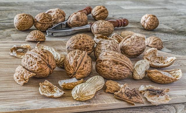 vlašské ořechy a buráky