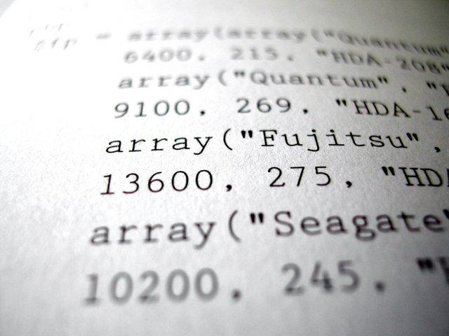 kód programu na displeji